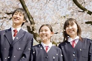 日本の卒業式での一幕が・・・甘すぎる! こんな青春時代を過ごしたかった=中国メディア
