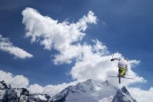 平昌五輪出場の韓国スキー選手、女性への暴行で永久追放=中国メディア