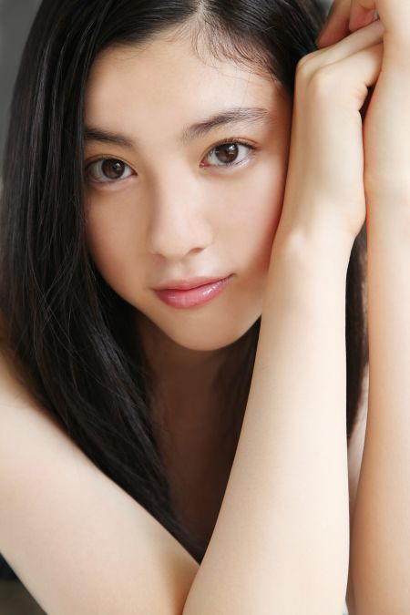 三吉彩花のかわいい高画質画像