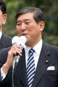 安倍内閣のキーマンは菅官房長官と飯島内閣官房参与?