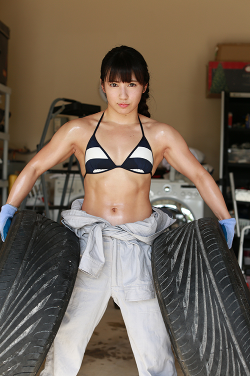 筋肉アイドル♡才木玲佳の水着姿♡高画質な画像まとめ!
