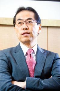 新潟県知事選で勝利した米山隆一氏は「男版・小池百合子」だ!