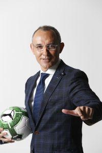 """過保護の日本サッカーが今こそ思い出したい""""オシムの言葉""""「見落としている欧州がある」"""