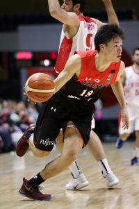 """東京五輪""""開催地枠""""でも出場は危うい…日本男子バスケ界を救う「希望」は?"""