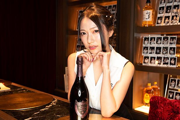 三田羽衣(夫人)はカップもセレブ級?熱愛彼氏や出身高校も調査!