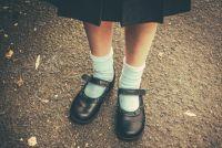 「アルマーニ標準服報道」で小学生に嫌がらせ被害 「子供がかわいそう」の声