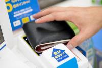 「現金を使う日本は頭が悪い」に賛成です【勝部元気のウェブ時評】