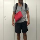 休日の短パンおじさんが悩む「外出時のバッグをどうするか」問題