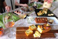 【レシピ】おもてなしや手土産にぴったり!チーズが主役のケーク・サレ3選