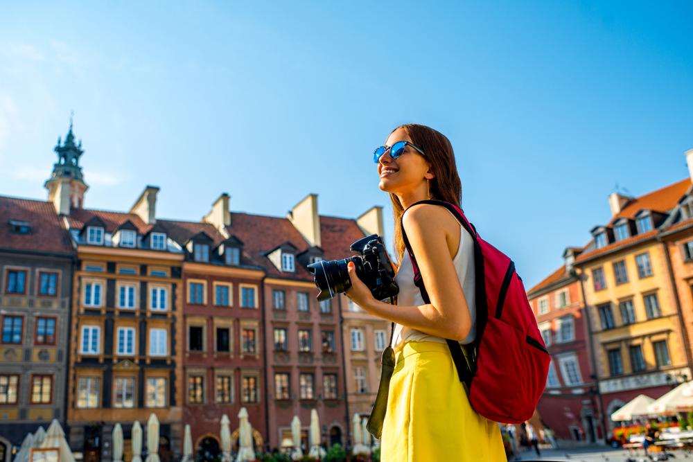 連載】海外一人旅!初心者・女性にもおすすめの国はどこ?/第12回「ポーランドで中世の街と可愛い陶器に出会う」 (2016年7月28日) -  エキサイトニュース