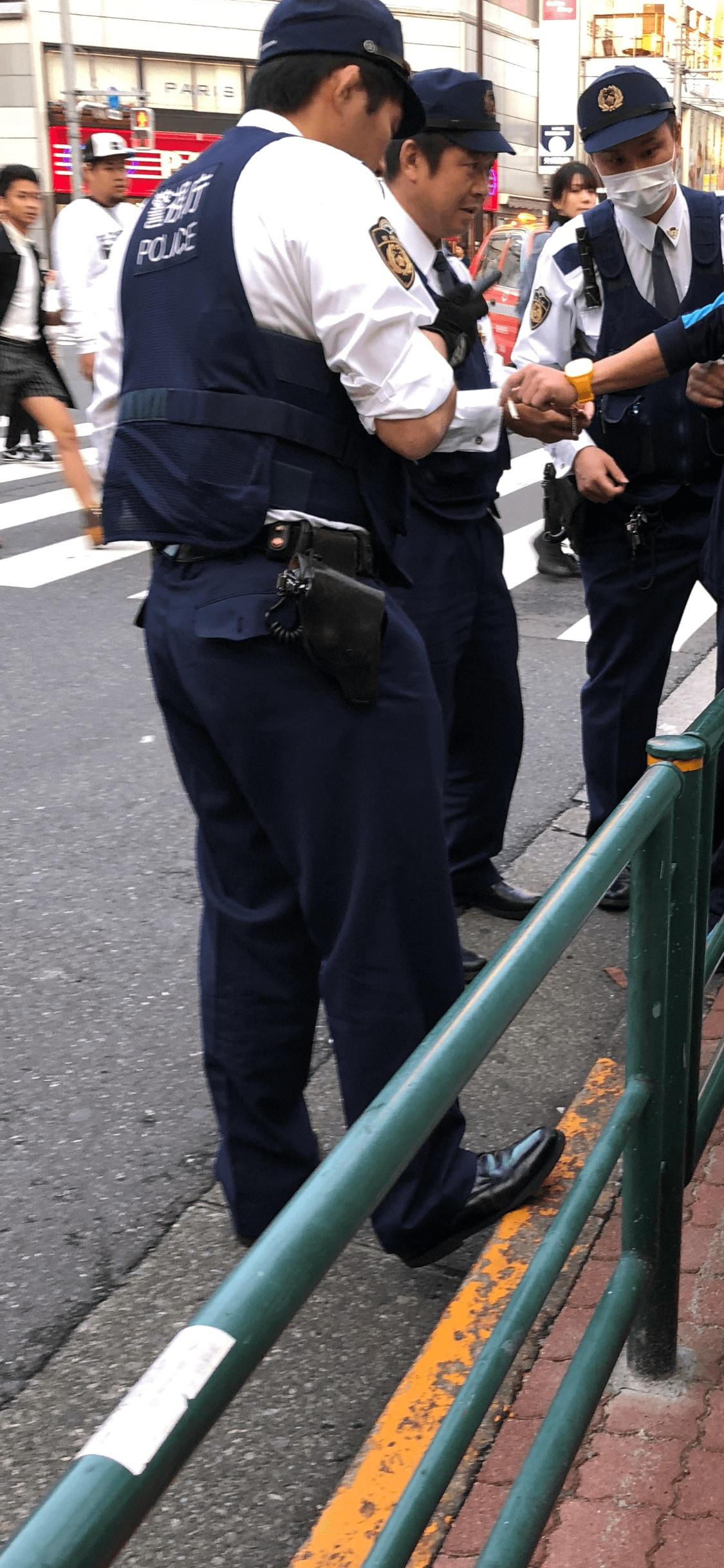 ラッパーの漢、大麻所持で逮捕 警察が注目する「入手先」とは ...