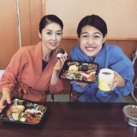 横澤夏子、藤あや子との2ショットに「顔は遠近法ですよね?」