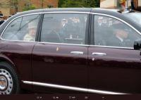 英エリザベス女王「シートベルトをしていない」と通報される