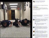 警察官と息ぴったりの動きが話題に(画像は『Gulf Shores Police Department 2017年11月18日付Facebook「It's 9:00 PM #GulfShores! Go ahead and follow the #9PMRoutine.」』のスクリーンショット)