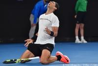 ナダルがディミトロフを破り、フェデラーとの決勝が実現 [全豪オープン]