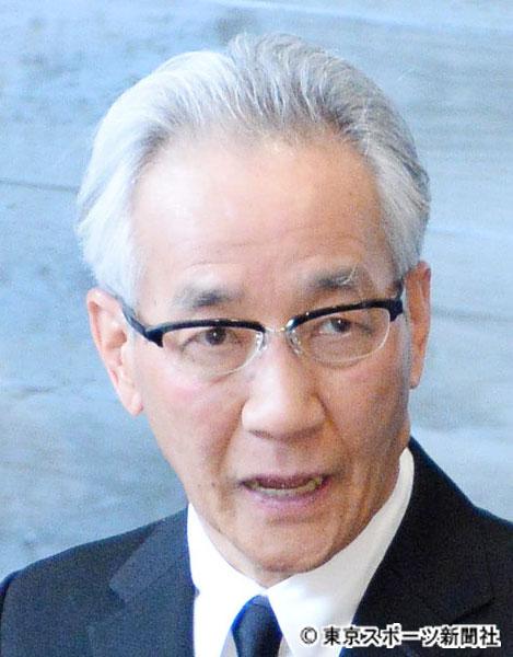 上岡 龍太郎 引退 【テレビ】明石家さんま「たけしさん、所さんに配ろうと」