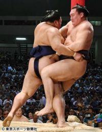 【大相撲名古屋場所】白鵬に異変!? 大記録目前でまさかの足ぶみ