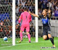 日本代表 W杯6大会連続出場! 浅野が先制、井手口代表初ゴールでダメ押し