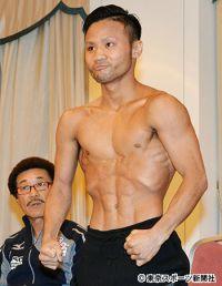 【ボクシング】比嘉がミドル級王者・エンダムと同じ胸囲に