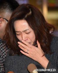 不倫疑惑の藤吉久美子が号泣謝罪 夫・太川陽介に「こんな妻で申し訳ありません…」