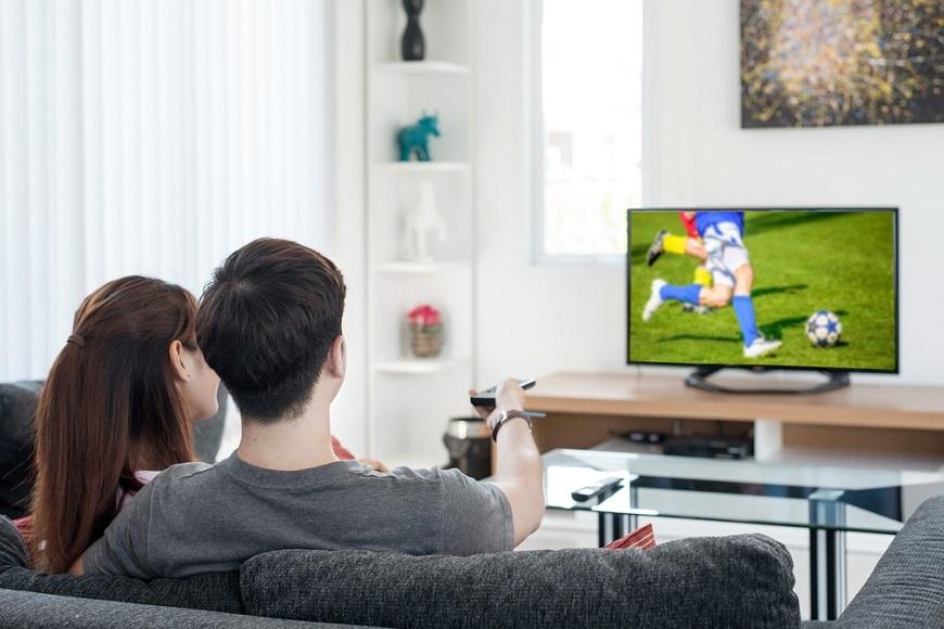 世代でこんなに違う!? テレビの視聴時間が伸びた世代、減った世代とは