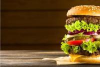 モスバーガーの株価が実は好調! バーガー戦争に勝ち抜く企業のヒミツを知りたい