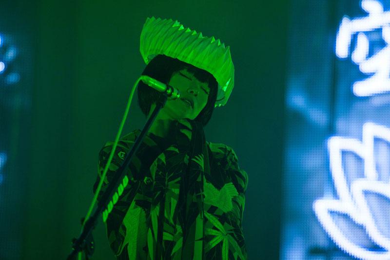 椎名林檎 \u201c百鬼夜行\u201dツアーが終了。東京公演を詳細レポート/ライブレポート・セトリ
