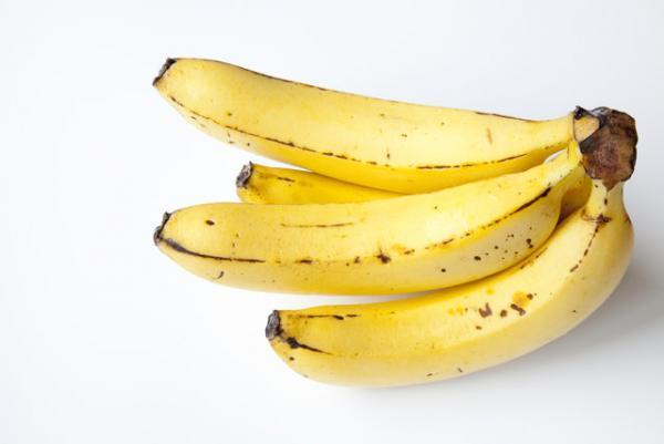 バナナは冷凍すると美肌効果がぐっとアップ!夏のひんやりデザート