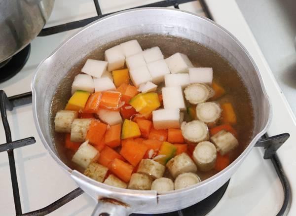 【ボデガカップで作る前菜5種】冬の根菜サラダ〜ヨーグルトソース