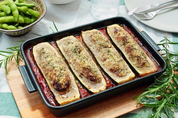 グリラーで作ろう!夏のおもてなしにも「ズッキーニの肉詰め」
