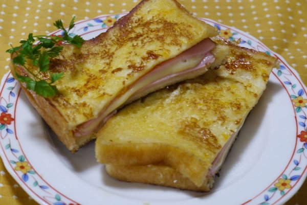 クロックムッシュ風☆「フレンチトーストサンド」レシピ