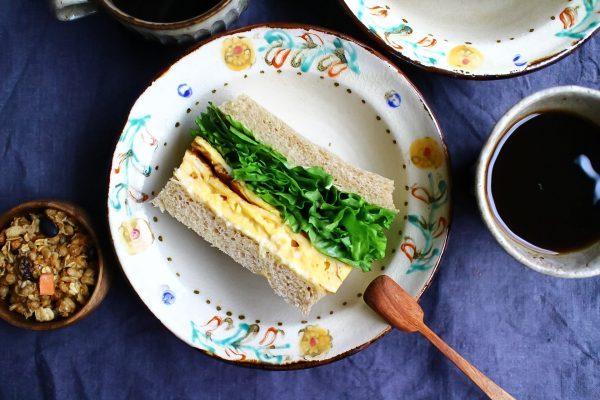 巻かずに簡単!ラクうま「厚焼き玉子サンド」レシピ