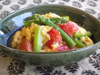 トマトとアスパラガスの卵炒めby:SUMIKKAさん