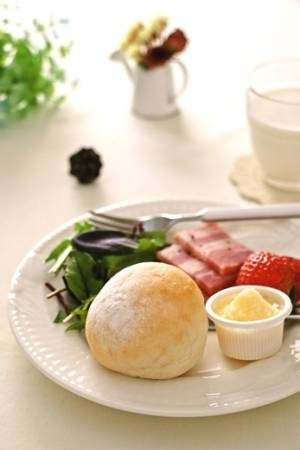 しっとりふわふわ♪ミルクプチパン…by:みっこ*mikkoさん