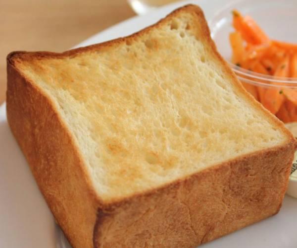 小さなキューブがかわいい「パンとエスプレッソと」@表参道