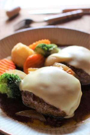 <チーズとろりんハンバーグ>by:はーい♪にゃん太のママさん