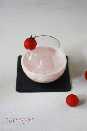 朝のUV対策に♪混ぜるだけでおいしい「飲むトマトヨーグルト」by:タラゴン(奥津純子)さん