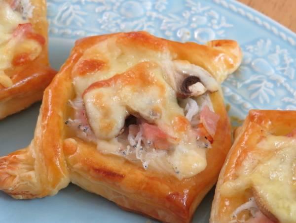 簡単♪しらすときのこのチーズパイby:kaana57さん
