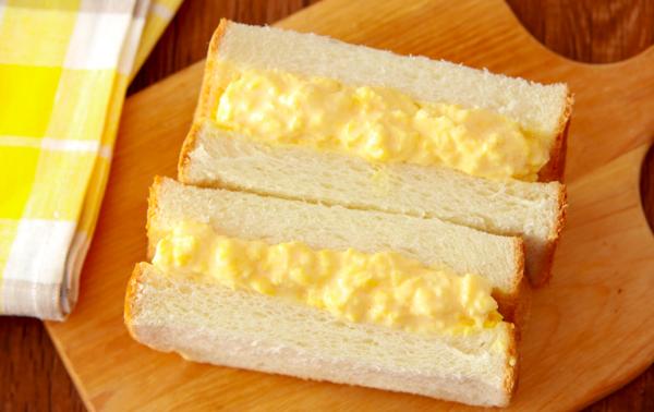 ゆで卵いらずで時短!半熟とろける「濃厚タマゴサンド」by:五十嵐ゆかりさん