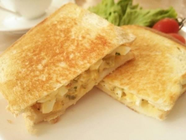 卵のホットサンド《朝ごはん・ブランチに》by:anさん