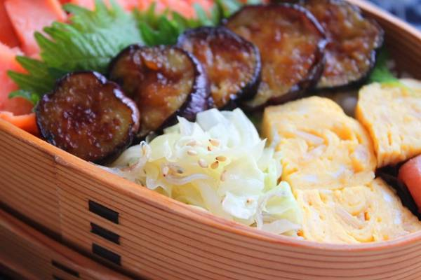 レンジで簡単お弁当おかず♪さっぱり味の「蒸しキャベツのじゃこポン」