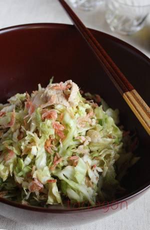 お正月太りをおいしくリセット!塩もみキャベツと茹で豚のサラダ ♪by:タラゴン(奥津純子)さん