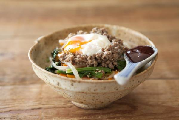 レンジで簡単!作り置きでパパッとできちゃう「肉みそビビンバごはん」by:FOOD unit GOCHISOさん