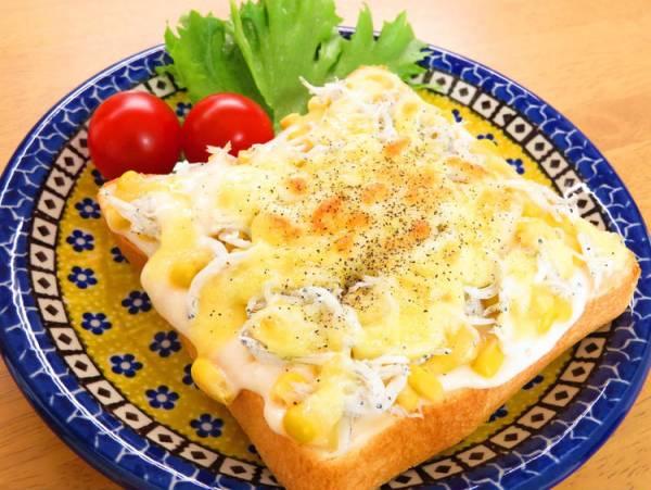 しらすとコーンのチーズトーストby:kaana57さん
