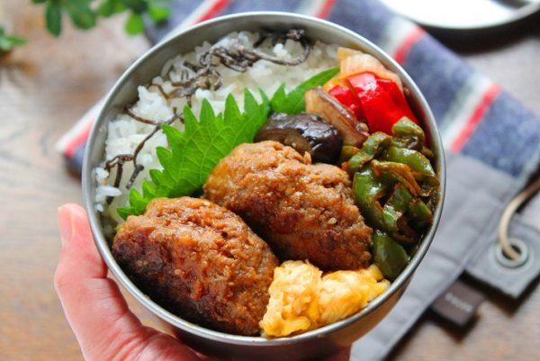 スキマ埋めに便利!簡単「ピーマンのケチャップ炒め」のお弁当by:料理研究家 かめ代さん