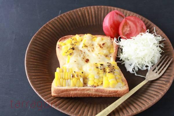 甘くてジューシー♪シャキッとおいしい「味噌マヨコーントースト」