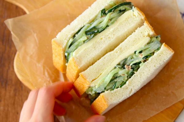おいしく大量消費!「たっぷりきゅうりのサンドイッチ」