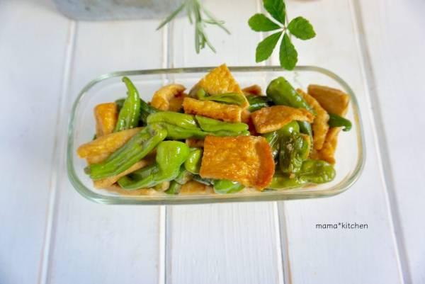 ご飯によく合う和風味!「シシトウと油揚げの甘辛煮」の作り置き