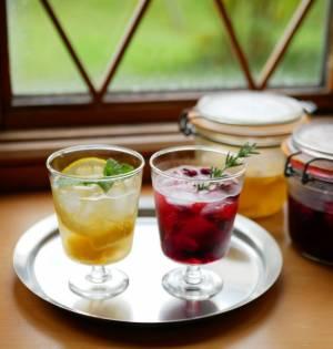 市販の冷凍フルーツで簡単!夏の朝に飲みたい「ビネガードリンク」