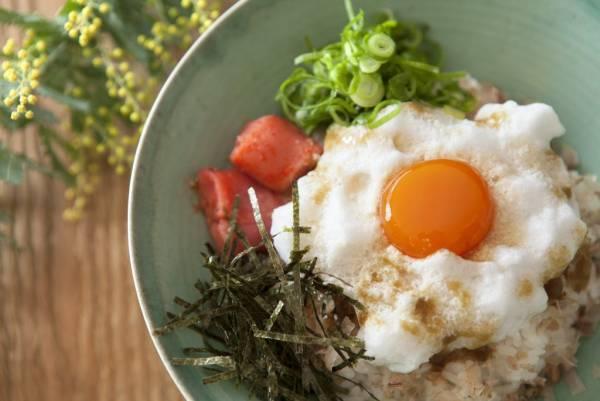 新食感!ふわふわとろ~り「たまごかけごはん」裏技アレンジby:FOOD unit GOCHISOさん